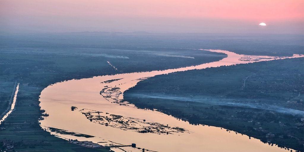 Nile River – 6,650 km - BiographyFlash.com